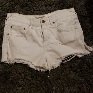 Free People cut off shotlrts sz 27